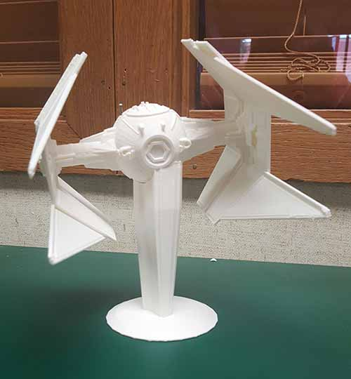 This week for Makerbot Monday we have a Star Wars TIE interceptor.